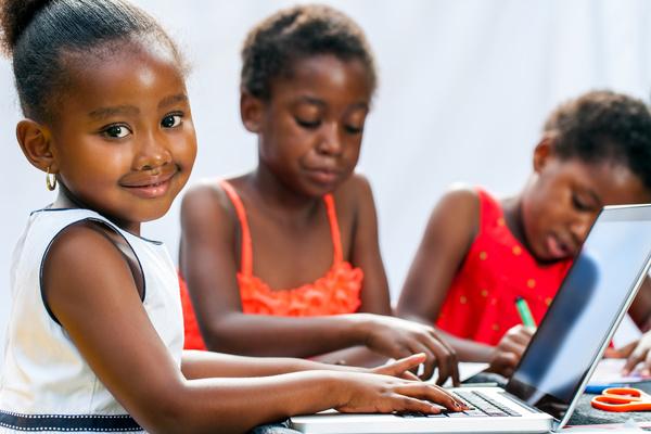 Cameroun : Camp vacances TIC ,1 089 jeunes formés