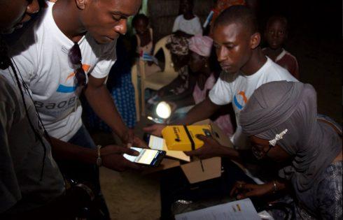 Kits solaires et tablettes éducatives en milieu rural