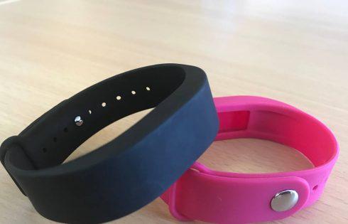 Un bracelet connecté s'invite dans la lutte contre les violences du genre
