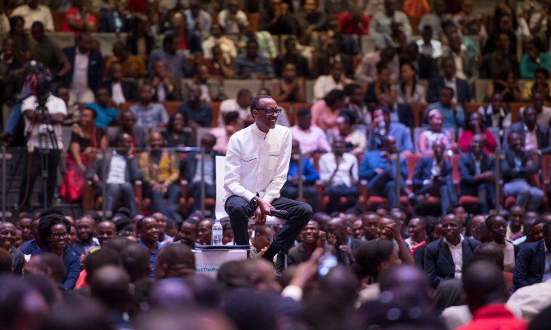 Rwanda / Entrepreneuriat : Paul Kagamé échange avec plus de 2000 jeunes