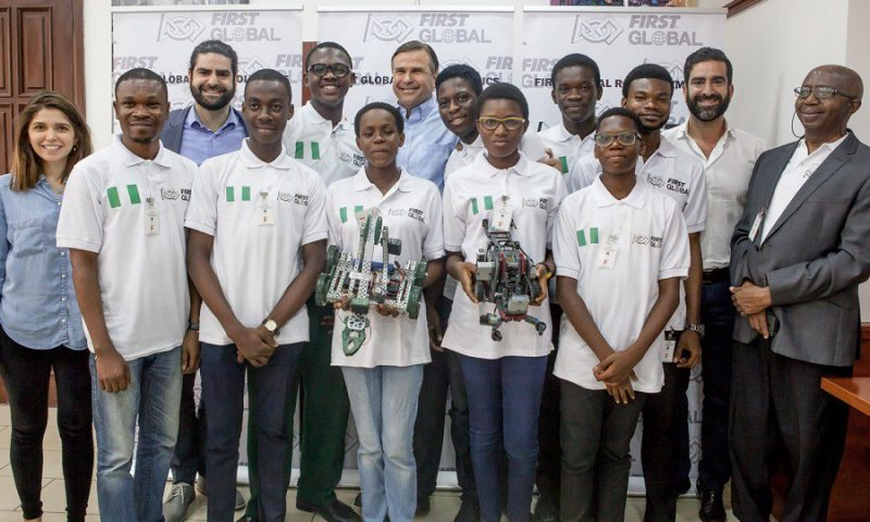 Chine : Des étudiants nigérians raflent la première place du World Adolescent Robotics