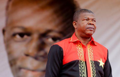 Angola: Le président annonce l'application Qualificar