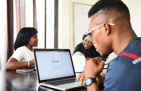 Google améliore les recherches en swahili