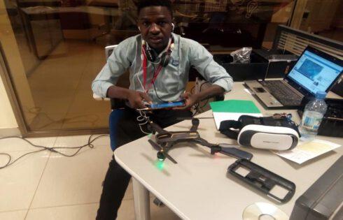 Tchad : Le jeune étudiant Mahamat Issa fabrique des drones