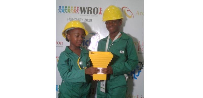Nigeria : A 7 ans, Brendon Ikem est champion d'un concours de robotique