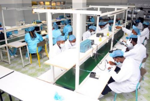 La Côte d'Ivoire assemble désormais des matériels informatiques